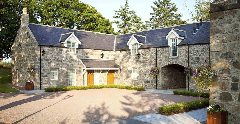 MacLeod House & Lodge Bottom Slider